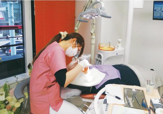 東京都の日本橋 あみ歯科の写真2