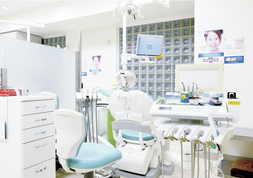 東京都の(1)芝大門歯科クリニックまたは(2)鈴木歯科医院の写真3