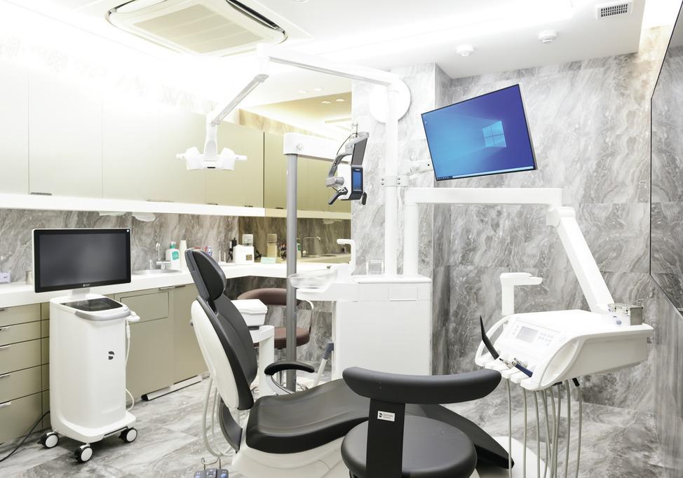 大阪府の(1)やまもと歯科クリニックまたは(2)オーク歯科クリニックの写真2