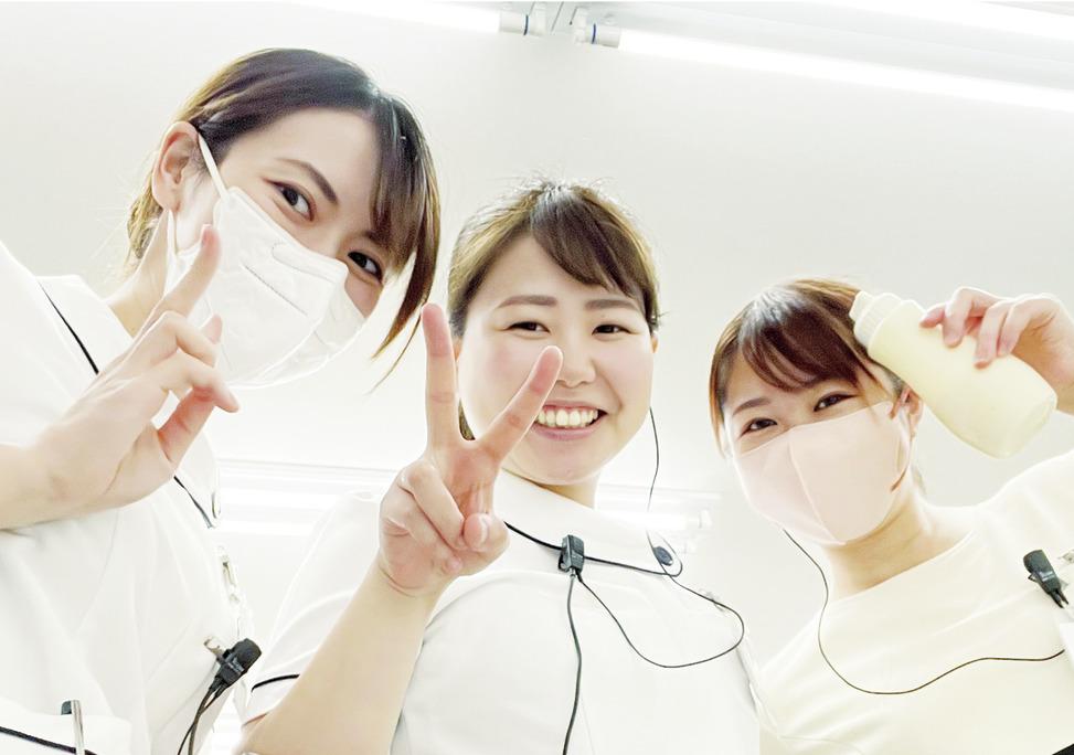 埼玉県の(1)いいやま歯科医院または(2)北越谷歯科の写真2