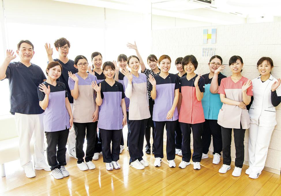 神奈川県の(1)堀元歯科医院または(2)センター北こども&ファミリー歯科の写真1