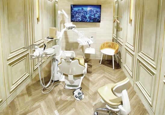 有名デザイナー設計の 医院で、予防歯科に専念