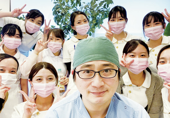 温もり&清潔感あふれる 医院で、笑顔を増やそう