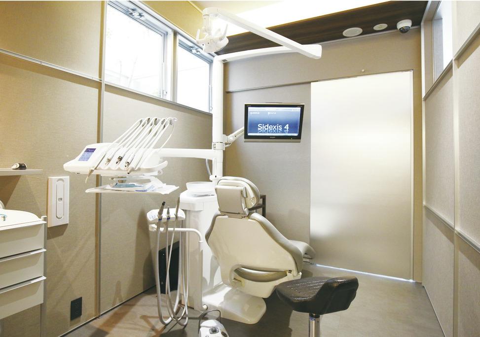 大阪府の(1)城彩会歯科ガーデンクリニックまたは(2)城彩会歯科の写真4