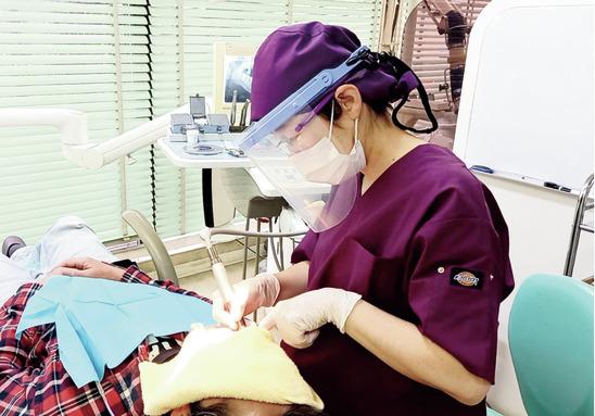 歯を削らない治療に尽力! TBIや食生活指導をお任せ