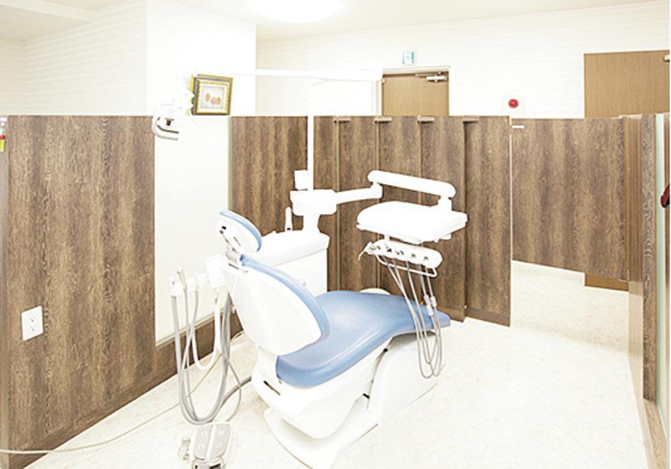 福岡県の(1)立山歯科クリニックまたは(2)立山歯科 筑後医院または(3)立山歯科 八女医院または(4)立山歯科 基山医院の写真2